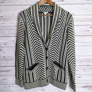 FOREVER 21 BUTTON POCKET CARDIGAN